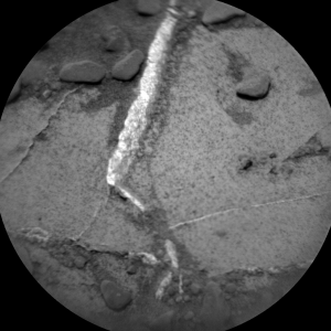 Remote Micro-Imager (CHEMCAM_RMI) onboard NASA's Mars rover Curiosity on Sol 727 (2014-08-23 00:38:42 UTC). Image Credit: NASA/JPL-Caltech/LANL