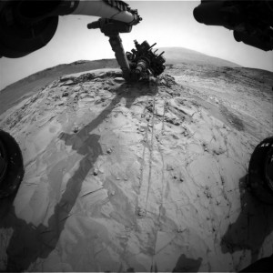 This image was taken by Front Hazcam: Right B (FHAZ_RIGHT_B) onboard NASA's Mars rover Curiosity on Sol 815 (2014-11-21 10:31:45 UTC). Image Credit: NASA/JPL-Caltech