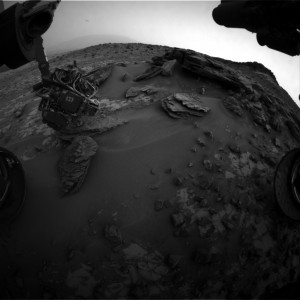 This image was taken by Front Hazcam: Right B (FHAZ_RIGHT_B) onboard NASA's Mars rover Curiosity on Sol 853 (2014-12-30 18:30:54 UTC).   Image Credit: NASA/JPL-Caltech