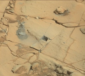 This image was taken January 14 by Curiosity's Mastcam: Right camera on Sol 868.   Image Credit: NASA/JPL-Caltech/MSSS