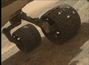 Curiosity's Mars Hand Lens Imager (MAHLI) makes a wheel inspection on March 29, 2015, Sol 939. Image Credit: NASA/JPL-Caltech/MSSS