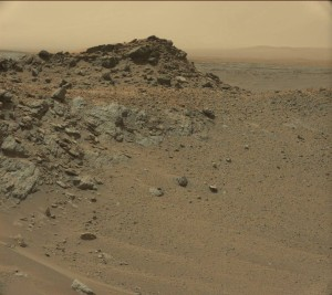 This image was taken by Curiosity's Mastcam: Left (MAST_LEFT) onboard NASA's Mars rover Curiosity on Sol 957 (2015-04-16). Credit: NASA/JPL-Caltech/MSSS
