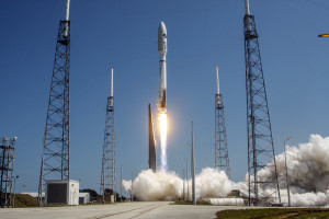 A United Launch Alliance (ULA) Atlas V rocket successfully launched the U.S. Air Force X-37B space plane on May 20. Credit: ULA