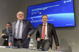 Changing of the guard: Jean-Jacques Dordain (left) with incoming leader of ESA, Johann-Dietrich Wörner at this week's Paris Air Show. Credit: ASDS Media Bank