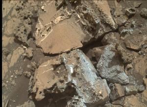 Up-close Mars Hand Lens Imager (MAHLI) image from Sol 1032. Credit: NASA/JPL-Caltech/MSSS
