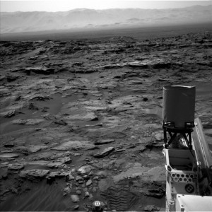 Navcam Left B image taken from NASA's Mars rover Curiosity on August 28, 2015, Sol 1087. Credit: NASA/JPL-Caltech