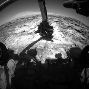 Curiosity Front Hazcam Right image taken on October 8, 2015, Sol 1127. Credit: NASA/JPL-Caltech
