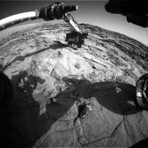 Curiosity Mars rover used its Front Hazcam Right B camera to take this image on Sol 1134, October 15, 2015. Image Credit: NASA/JPL-Caltech