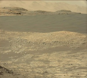 Curiosity image taken by the rover's Mastcam Left on Sol 1185, December 6, 2015. Credit: NASA/JPL-Caltech/MSSS