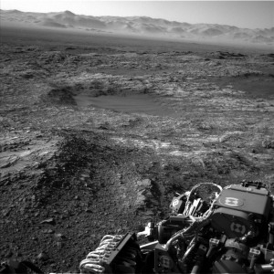 Curiosity Navcam Left B image taken on Sol 1187, December 8, 2015. Credit: NASA/JPL-Caltech
