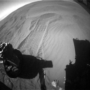 Curiosity Rear Hazcam Right B image taken on Sol 1244, February 5, 2016. Credit: NASA/JPL-Caltech
