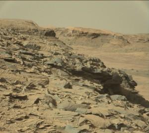 Curiosity Mastcam Right image taken on Sol 1301, April 3, 2016. Credit: NASA/JPL-Caltech/MSSS