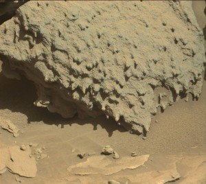 Curiosity Mastcam Right image taken on Sol 1305, April 7, 2016. Credit: NASA/JPL-Caltech/MSSS