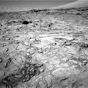 Curiosity Navcam Left B image taken on Sol 1316, April 19, 2016. Credit: NASA/JPL-Caltech
