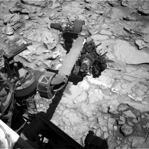 Curiosity Navcam Left B image taken on Sol 1319 April 22, 2016. Credit: NASA/JPL-Caltech