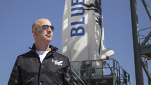 Rocketeer Jeff Bezos. Credit: Blue Origin