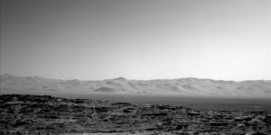 Curiosity Mars rover's Navcam Left B image taken on Sol 1302, April 4, 2016. Credit: NASA/JPL-Caltech