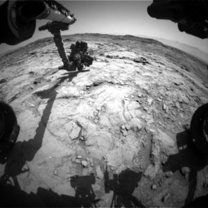 Curiosity Front Hazcam Right B image acquired on Sol 1356, May 30, 2016 Credit: NASA/JPL-Caltech