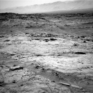 Curiosity Navcam Left B image taken on Sol 1353, May 27, 2016. Credit: NASA/JPL-Caltech