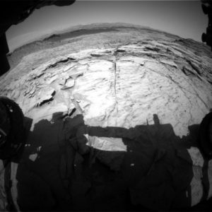 Curiosity Front Hazcam Left B image taken on Sol 1372, June 15, 2016. Credit: NASA/JPL-Caltech