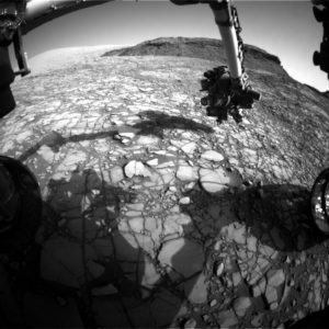 Curiosity Front Hazcam Left B image taken on Sol 1416, July 31, 2016. Credit: NASA/JPL-Caltech