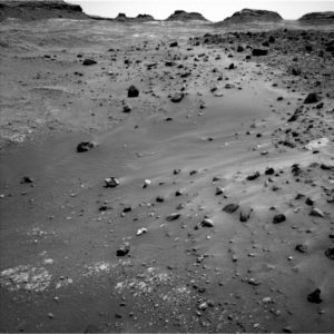 Curiosity Left B Navigation Camera image taken on Sol 1400, July 14, 2016. Credit: NASA/JPL-Caltech
