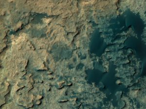 Curiosity Rover's location for Sol 1399. Base image from the map is from the High Resolution Imaging Science Experiment Camera (HiRISE) in NASA's Mars Reconnaissance Orbiter. Credit: NASA/JPL-Caltech/Univ. of Arizona
