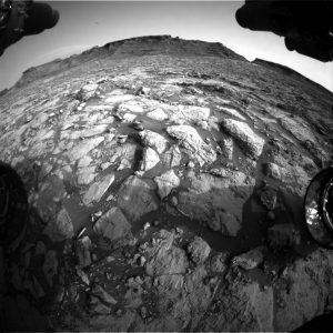 Curiosity Front Hazcam Right B image taken on Sol 1441, August 25, 2016. Credit: NASA/JPL-Caltech