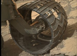 Repeated post-drive looks at the health of wheels on Curiosity rover includes this Mars Hand Lens Imager (MAHLI), photo taken on August 18, 2016, Sol 1434. Credit: NASA/JPL-Caltech/MSSS