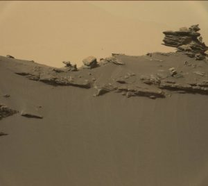 Curiosity Mastcam Right image taken on Sol 1450, September 4, 2016. Credit: NASA/JPL-Caltech/MSSS