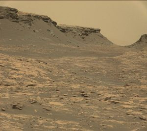 Goodbye buttes. Curiosity Mastcam Right-image taken on Sol 1470, September 24, 2016. Credit: NASA/JPL-Caltech/MSSS