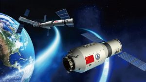 The mission of Shenzhou-11 is a key to improve space station building techniques. Credit: CCTV