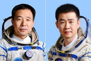 Shenzhou-11 crew consists of two male astronauts, veteran space traveler, Jing Haipeng (left) and newcomer to space, Chen Dong. Crew photos: ChinaSpaceflight.com