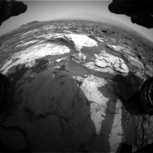 Curiosity Front Hazcam Right B image taken on Sol 1500, October 25, 2016. Credit: NASA/JPL-Caltech