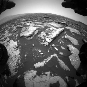 Curiosity Front Hazcam Right B image taken on Sol 1513, November 7, 2016. Credit: NASA/JPL-Caltech