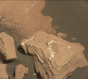 Curiosity Mastcam Right image taken on Sol 1518, November 12, 2016. Credit: NASA/JPL-Caltech/MSSS