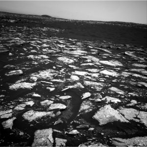 Curiosity Navcam Right B image taken on Sol 1526, November 21, 2016. Credit: NASA/JPL-Caltech