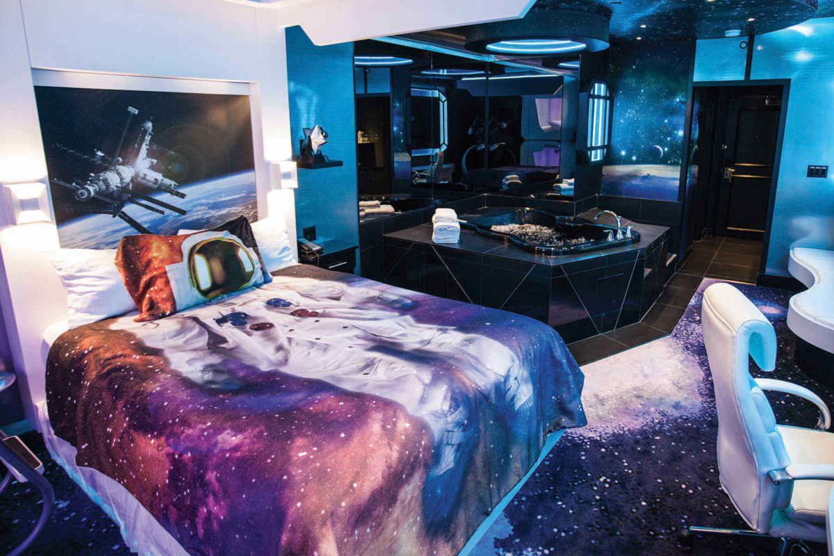 Room Space Spots To Stay On The Road